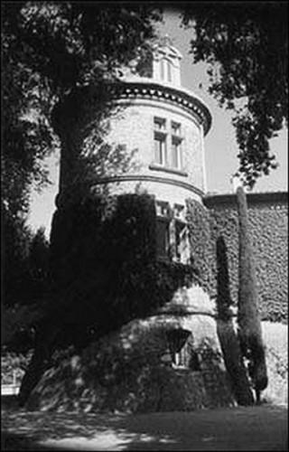 château de Mouans-Sartoux.jpg
