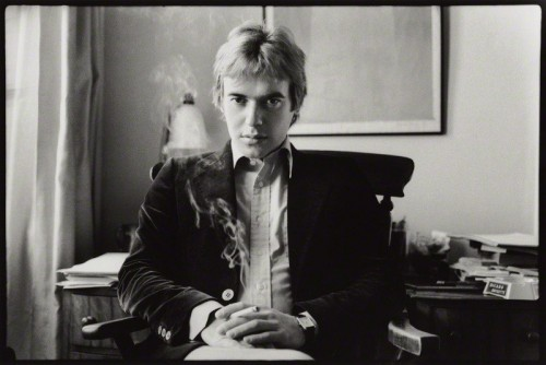 Martin Amis by Angela Gorgas en 1977.jpg