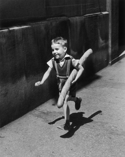 Willy Ronis_LE PETIT PARISIEN_1952.jpg