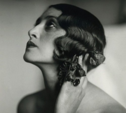 Renée Perle by Jacques Henri Lartigue_Juan les Pins_1930.jpg