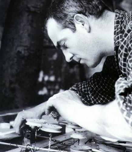Jean Tinguely_Paris 1957.jpg