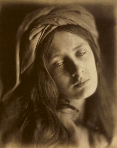 Julia_Margaret_Cameron-Beatrice.jpg
