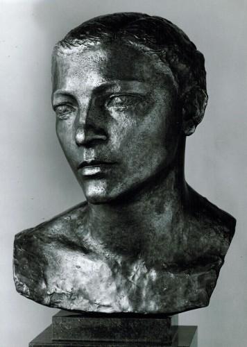 odette-buste-bronze.jpg