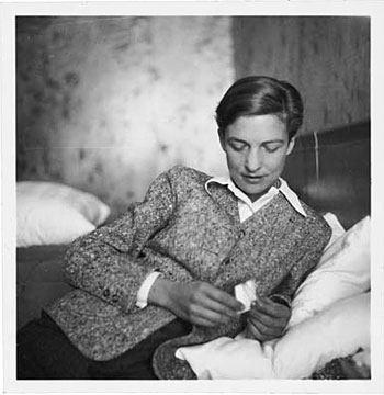 Annemarie Schwarzenbach à Lenzerheide en 1940_photographie Marianne Breslauer.jpg